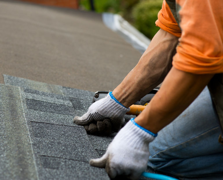 commercial roofers in Fort Worth offer inspection and repair services